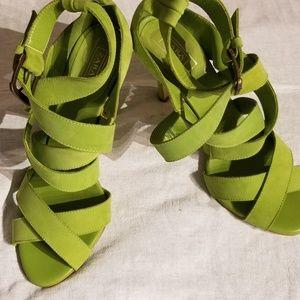 ZARA green shoes size 40